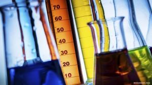 隔膜压力表的优点 (3): 苛刻介质解决方案